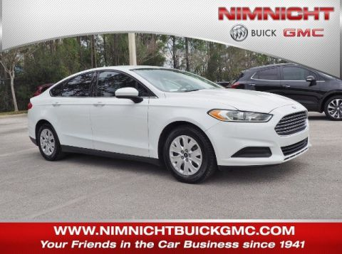 Pre-Owned 2013 Ford Fusion S